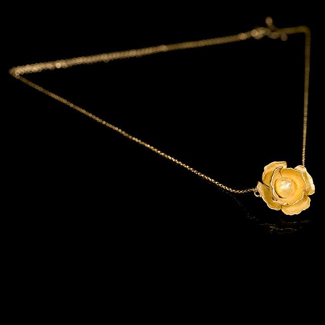 Farrah Dragon Gold Poppy Gold Necklace