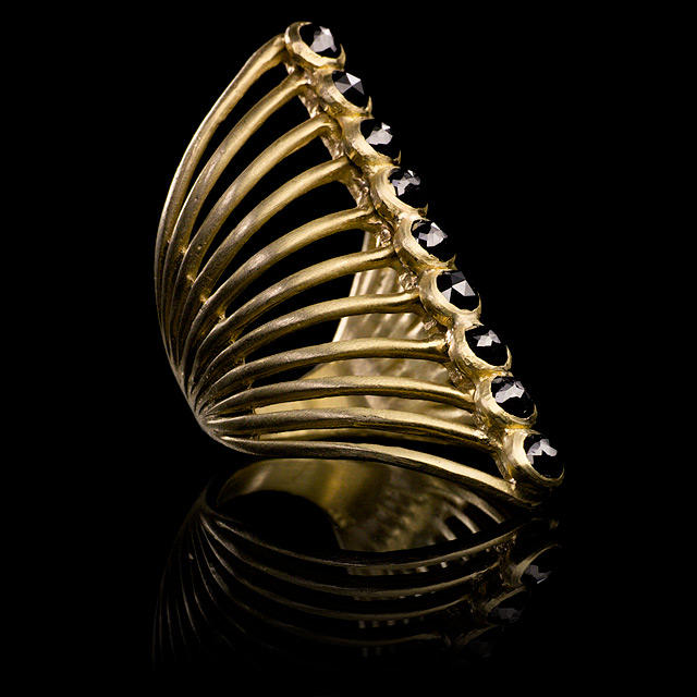 LFrank Black Diamond Nine Stone Gold Vertebrate Ring
